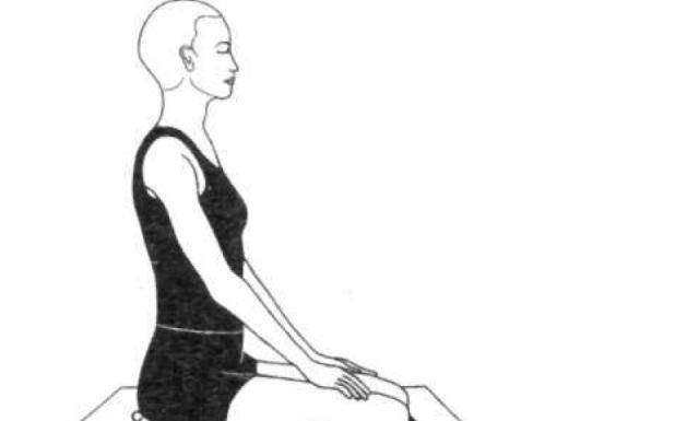 वज्रासन योग के लाभ और विधि | Vajrasana in Hindi