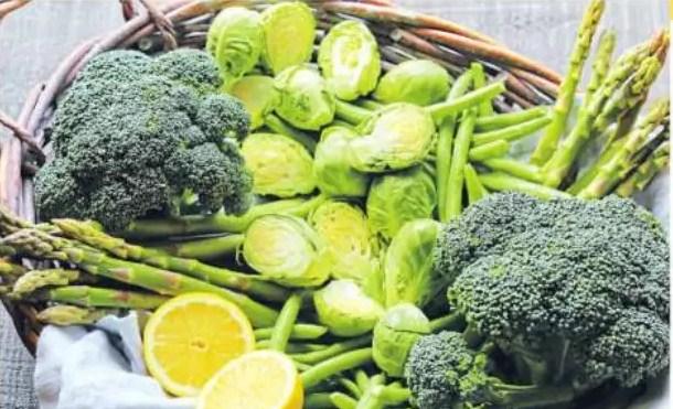 Weight Loss Tips: वजन कम करना है तो ये सब्जियां खाएं