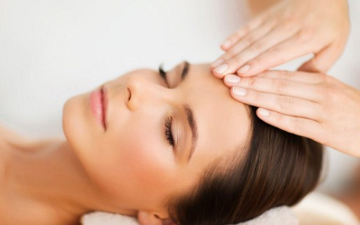Facial Massage – A Beauty Tip For Glowing Skin
