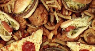 10 कारण जंक फूड आपके स्वास्थ्य के लिए खराब है(10 reasons junk food is bad for your health)
