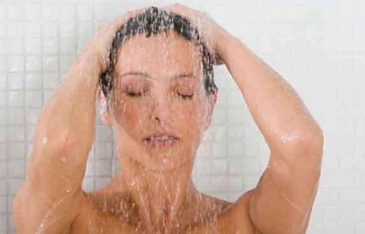 रात में स्नान, नींद को बनाता है बेहतर