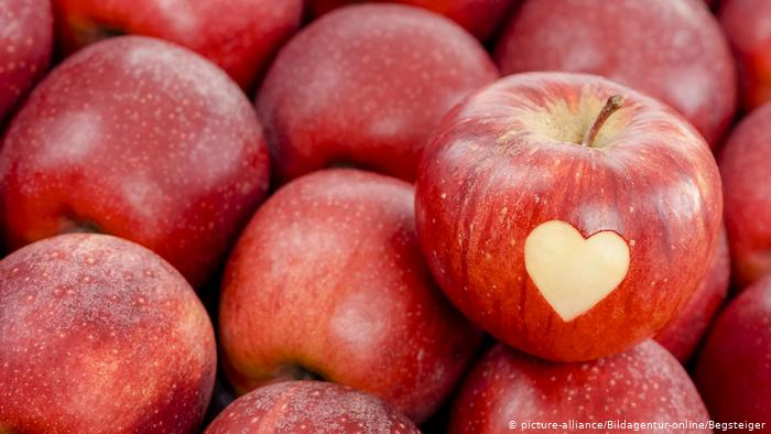 सेब (Apples)