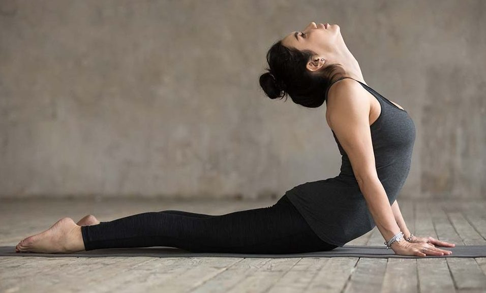 Bhujangasana in Hindi | भुजंगासन